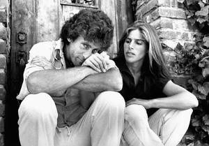 Paul Michael Glaser and Elizabeth in Los Angeles1977 © 1978 Ulvis Alberts - Image 10642_0021
