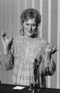 """Academy Awards: 55th Annual""Meryl Streep1983**I.V. - Image 10645_0007"