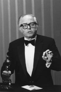 """Academy Awards: 55th Annual""Richard Attenborough1983**I.V. - Image 10645_0010"
