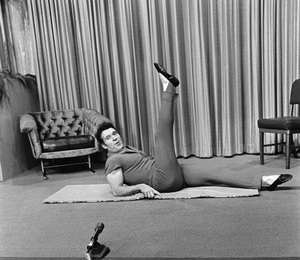 Jack LaLanne on his television showcirca 1969 © 1978 Gunther - Image 10686_0009