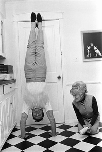 Jack LaLanne at home with his wife Elainecirca 1969 © 1978 Gunther - Image 10686_0014