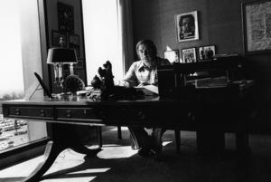Bud Yorkin in his office1975© 1978 Ulvis Alberts - Image 10701_0001