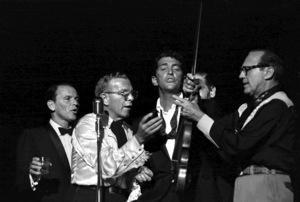 """Share Party""Frank Sinatra, George Burns, Dean Martin, Milton Berle, Jack Benny1960 © 1978 David Sutton - Image 10730_0005"