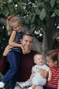 Jerry Van Dyke and his familycirca 1967© 1978 Gunther - Image 10735_0008