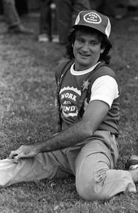 """Celebrity Softball Game"" Robin Williamscirca 1978 © 1978 Gunther - Image 10752_0028"