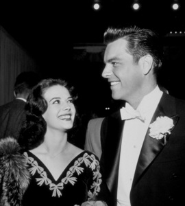 """""""Academy Awards: 30th Annual,""""Natalie Wood and Robert Wagner.1958. © 1978 Bernie Abramson - Image 10764_0002"""