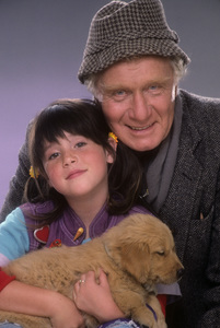 "George Gaynes and Soleil Moon Frye for ""Punky Brewster""1984© 1984 Mario Casilli - Image 10795_0017"