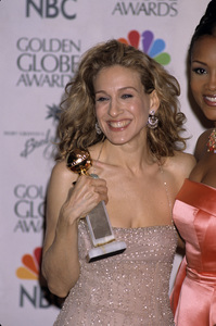 "Sarah Jessica Parker at ""The 57th Annual Golden Globe Awards""2000© 2000 Gary Lewis - Image 10814_0019"