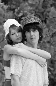 George Harrison and Pattie Boyd1964 © 1978 Gunther - Image 10838_0122