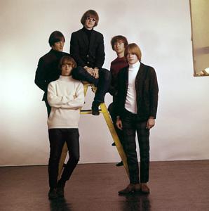 The Byrds (Roger McGuinn, Gene Clark, David Crosby, Chris Hillman, Michael Clarke) circa 1965 © 1978 Gene Trindl - Image 10839_0022