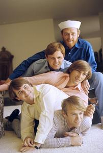 The Beach Boys (Mike Love, Al Jardine, Bruce Johnston, Carl Wilson, Dennis Wilson) circa 1966 © 1978 Gunther - Image 10841_0003
