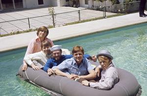 The Beach Boys (Mike Love, Al Jardine, Bruce Johnston, Carl Wilson, Dennis Wilson) circa 1966 © 1978 Gunther - Image 10841_0017