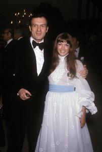 Hugh Hefner & Barbi BentonC.1970 © 1978 Gunther - Image 10869_0001