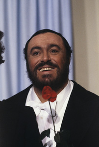 """Luciano Pavarotti at """"The 53rd Annual Academy Awards""""1981 © 1981 Gunther - Image 10873_0002"""