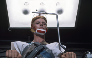 """""""The Man Who Fell To Earth""""David Bowie1976 ** I.V. - Image 10883_0004"""