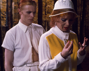 """""""The Man Who Fell to Earth""""David Bowie1976 British Lion Film Corporation** I.V. - Image 10883_0008"""