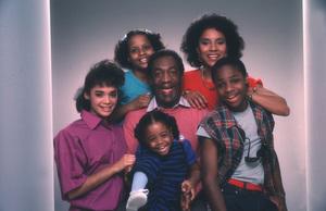 """Cosby Show, The""Keshia Knight Pulliam, Bill Cosby, Lisa Bonet, Tempestt Bledsoe, Phylicia Rashad, Malcolm-Jamal Warner1984 © 1984 Mario Casilli - Image 10894_0056"