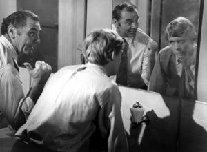 """Willard""Bruce Davidson & Ernest Borgnine1971 Cinerama - Image 10906_0006"