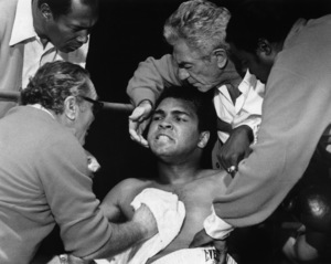 """The Greatest""Ernest Borgnine, Muhammad Ali, John Marley1977 EMI Films** I.V. - Image 10964_0004"