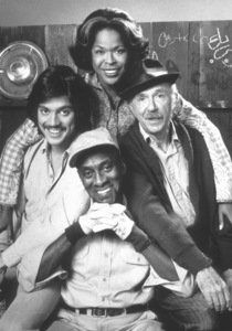 """""""Chico And The Man""""Freddy Prinze, Scatman Crothers, Della Reese, Jack Albertson. 1974 / NBCPhoto by Herb Ball - Image 11027_0002"""