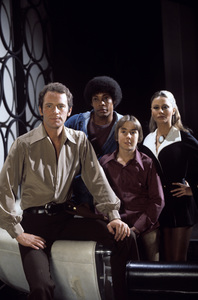 """""""The Fantastic Journey""""Jared Martin, Carl Franklin, Ike Eisenmann, Katie Saylor1977** H.L. - Image 11031_0006"""