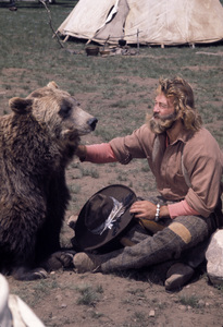 """""""The Life and Times of Grizzly Adams""""Dan Haggerty1977** H.L. - Image 11044_0007"""