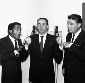 Joey Bishop, Sammy Davis Jr., and Peter Lawford1963 © 1978 Bernie Abramson - Image 11078_0001
