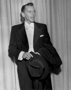 """""""Academy Awards - 27th Annual""""Frank Sinatra1955**I.V. - Image 11156_0026"""