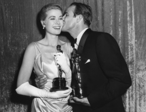 """Academy Awards - 27th Annual""Grace Kelly, Marlon Brando1955**I.V. - Image 11156_0032"