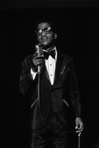 Share Party:Sammy Davis Jr., c. 1965. © 1978 David Sutton - Image 11165_0009