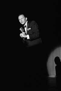 Frank Sinatra performing at a Share Party1963 © 1978 David Sutton - Image 11165_0017