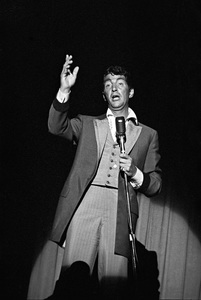 Dean Martin performing at a Share Party1963 © 1978 David Sutton - Image 11165_0019