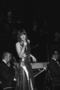 Helen Reddy05-16-1976 © 1978 Gunther - Image 11200_0013
