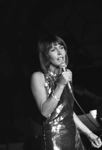 Helen Reddy05-16-1976 © 1978 Gunther - Image 11200_0020