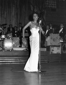 Lena Horne performing at the Cocoanut Grove1953 © 1978 David Sutton - Image 1147_0027