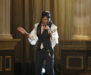 Natalie Cole performing live at the Kodak Theater in Hollywood for an Aretha Franklin Tribute 2006© 2006 Michael Jones - Image 11486_0015