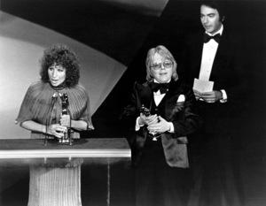 """The 49th Annual Academy Awards"" Barbra Streisand, Paul Williams, Neil Diamond 1977 - Image 11512_0039"