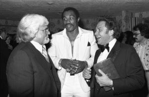 Motown President Barney Ales, boxer Ken Norton and Casablanca Records President Neil Bogart inLos Angeles  1978 © 1978 Bobby Holland - Image 11517_0003