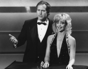 """""""Academy Awards: 59th Annual""""Chevy Chase, Goldie Hawn1987**I.V. - Image 11521_0013"""