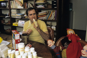 Andy Kaufman at home1984© 1984 Gunther - Image 11563_0005
