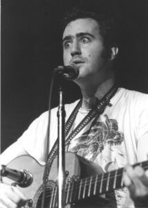 Andy Kaufmanat an L.A. Improv., c. 1980. © 1980 Ulvis Alberts - Image 11563_0047