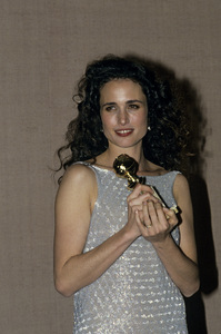 """""""The Golden Globe Awards""""Andie MacDowell1991 © 1991 Gunther - Image 11568_0167"""