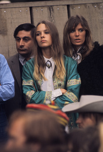"""The Mamas and the Papas (Michelle Phillips and Jill Gibson at """"The Monterey Pop Festival"""") 1967 © 1978 Gunther - Image 11569_0019"""