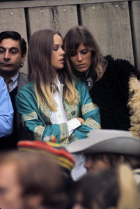 """The Mamas and the Papas (Michelle Phillips and Jill Gibson at """"The Monterey Pop Festival"""") 1967 © 1978 Gunther - Image 11569_0020"""