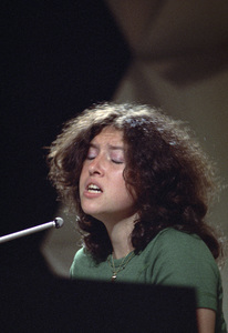 Melissa Manchestercirca 1970** H.L. - Image 11570_0003