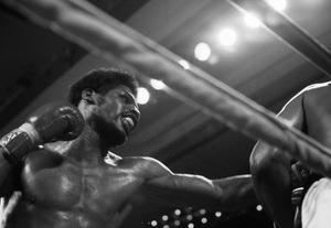 Leon Spinks fighting Muhammad Ali1978© 1978 Gunther - Image 11585_0006