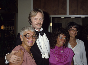"""Jon Voight with his family at """"The 37th Annual Golden Globe Awards""""1980© 1980 Gary Lewis - Image 11589_0018"""