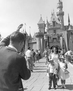Disneylandcirca 1959 © 1978 David Sutton - Image 11598_0006