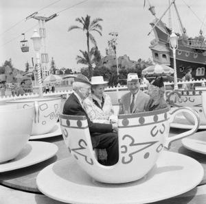 Disneyland1958© 1978 Sid Avery - Image 11598_0008