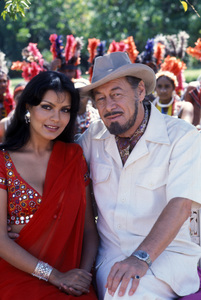 """Shalimar"" Zeenat Aman, Rex Harrison 1978 Razor Digital Entertainment © 1978 Gunther - Image 11607_0002"